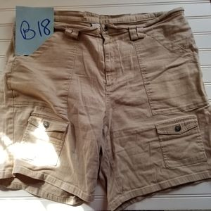Vintage 90's High Waisted Plus Cargo Khaki Shorts